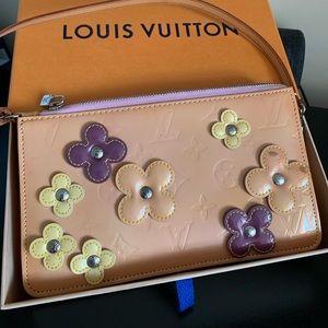 Louis Vuitton . Limited Handbag.
